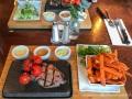 Steak mit Süßkartoffel-Fritten