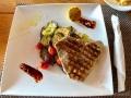 Tuna-Steak mit gegrilltem Gemüse